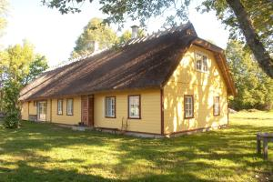 Valja Holiday Home