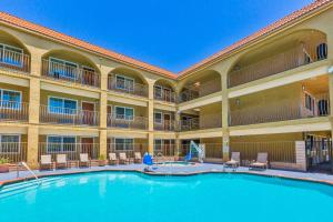 Photo of Best Western Plus San Diego/ Miramar Hotel