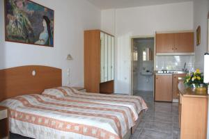 Sun Maris, Aparthotels  Faliraki - big - 4
