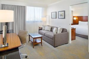 Los Angeles Marriott Burbank Airport, Hotel  Burbank - big - 6
