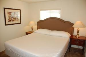 Photo of 2 Bedroom, 2 Bath Home By Monterey Bay Stay