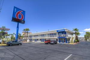 Photo of Motel 6 Las Vegas   Boulder Highway