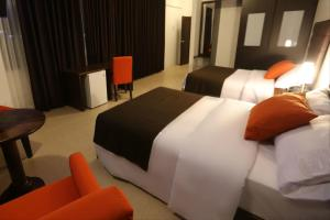 Standard Twin Room with Two Double Beds
