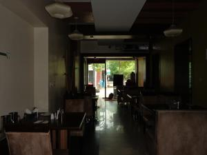 Rainbow Hotels and Service Apartments, Aparthotels  Chennai - big - 30