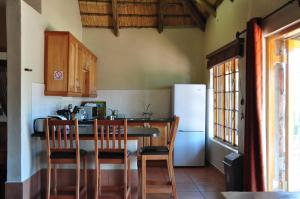 Lake Naverone Holiday Cottages, Rezorty  Drakensberg Garden - big - 40