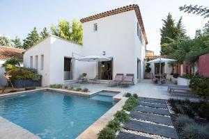 Photo of Squarebreak   Villa With Pool