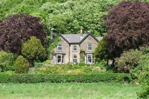 Holmefield Country Guest House in Matlock, Derbyshire, England