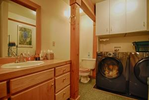 Photo of Wolf's Retreat By Tahoe Vacation Rentals