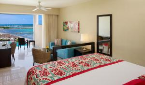 Junior Suite with Ocean View  (3 Adults + 1 Child )