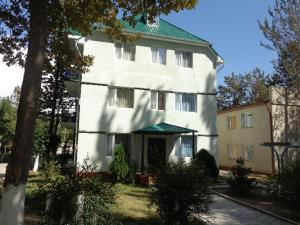 Photo of Guest House At Do Altyn   Kum