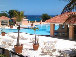 Photo of Hotel Costa Dorada & Villas