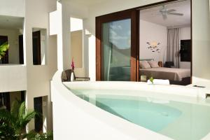 One-Bedroom Master Villa-Jacuzzi