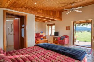 Photo of Straw Lodge Vineyard And Boutique Lodging