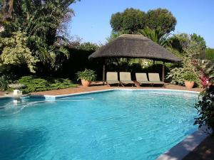 Cotswold House, Guest houses  Cape Town - big - 31