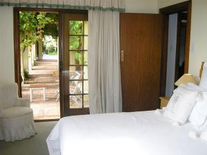 Cotswold House, Guest houses  Cape Town - big - 33
