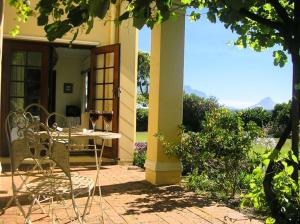 Cotswold House, Guest houses  Cape Town - big - 29