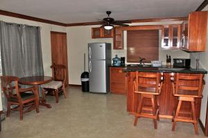 Photo of Crabootree Hide Away   Apartment 1