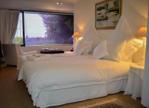 King or Twin Room with Sea View