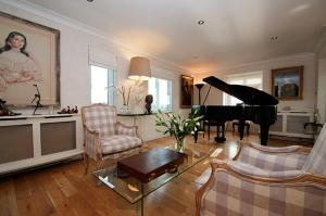 Photo of Penthouse Putney Bridge With River Views