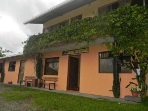 Photo of Cabinas Los Tucanes