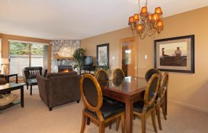 Two Bedroom Apartment - Gleneagles - 4636 Blackcomb Way - Unit 17