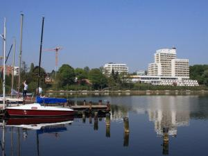 Vitalia Seehotel, Hotely  Bad Segeberg - big - 1
