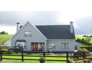 Photo of Derghaven B&B, Hostel & Self Catering