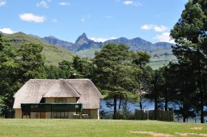Lake Naverone Holiday Cottages, Rezorty  Drakensberg Garden - big - 52