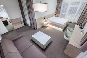 Hotel Morava, Hotels  Otrokovice - big - 8