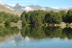 Lake Naverone Holiday Cottages, Rezorty  Drakensberg Garden - big - 77