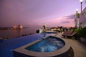 Photo of Harmony Phnom Penh Hotel