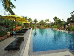 Photo of Park & Pool Resort