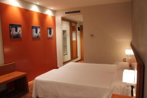 Photo of Hotel Sercotel Ag Express Elche