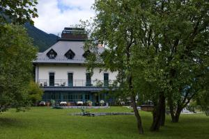 Photo of Hotel Dobra Vila Bovec