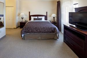 Two-Bedroom Suite - Disability Access