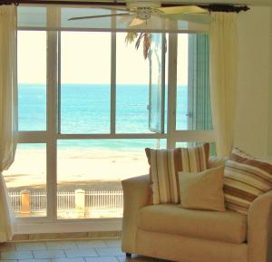 Photo of Real Beach Front Penthouse Malibu Beach Luxury Resort
