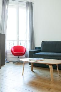 Design and new One Bedroom near Arc de Thriomphe