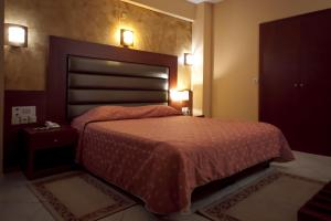 Hotel Life, Hotel  Heraklion - big - 10