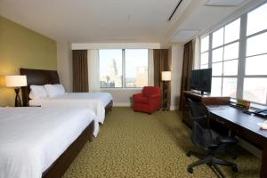 Queen Suite with Two Queen Beds and City View