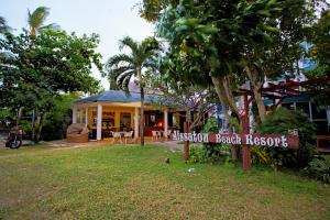Photo of Aissatou Beach Resort