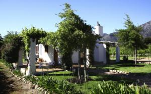 Two-Bedroom Cottage - Milkwood