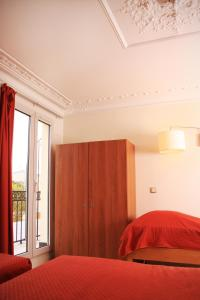 Quadruple Room with Shared Shower