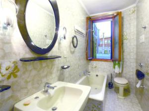 Photo of Holiday Apartment In Venezia Xv