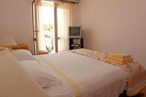 Photo of Apartment In Hvar Ii