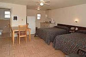 Double Room with Two Double Beds and Kitchen