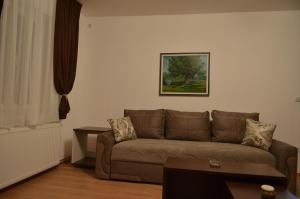 Garni Hotel Lion  room photos