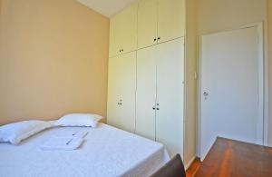 Two-Bedroom Apartment D014