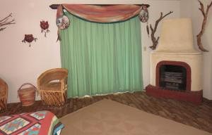 Deluxe King Room with fire place