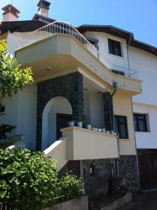 Magnite Guest House