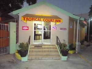 Photo of Tropical Court Inn